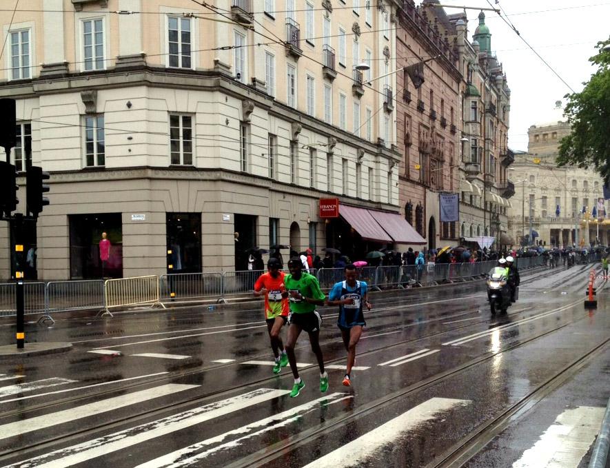 Stockholm Marathon, 2-4:an springer här