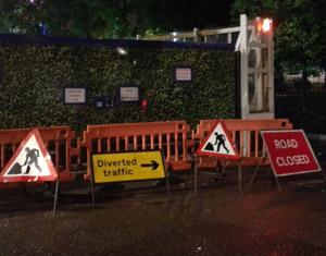 Varnings- och förbudsskyltar i London.